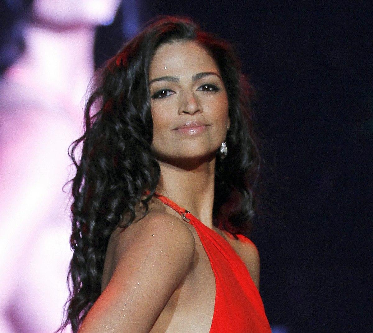Camila Alves Net Worth