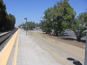 Capitol station - Station platform, September 22, 2012
