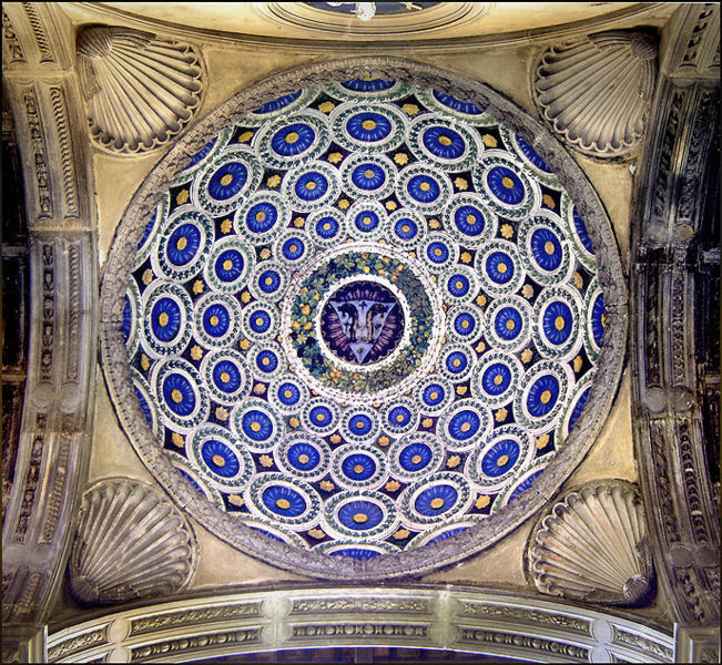 Лука де ла Робиа. Cappella dei Pazzi, Florence, Italy.