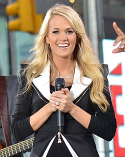 Carrie Underwood live nel 2012 a Times Square