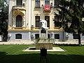 Casa Toma Stelian, Sos. Kiseleff nr. 10, Bucuresti, sect. 1, (detaliu cu bustul lui Mihai Eminescu)..JPG