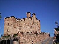 Castle of Grinzane Cavour.jpg