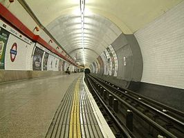 Chancery Lane Undergrtound Station - London - 240404.jpg