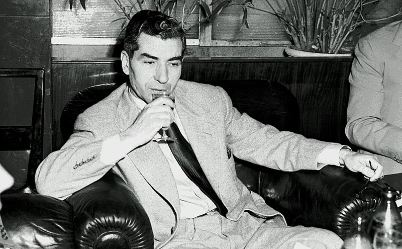 File:Charles Lucky Luciano (Excelsior Hotel, Rome).jpg