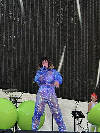 Charli XCX performing at Taylor Swift's Reputation Stadium Tour in July 2018 Charli XCX July 2018.jpg