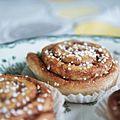 Cinnamon rolls (5090851040).jpg