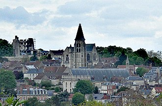 Clermont, Oise - The church and town centre in Clermont