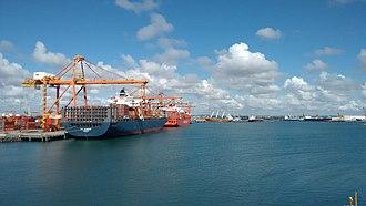 Suape Port - Image: Complexo Industrial e Portuário de Suape (photo 05)