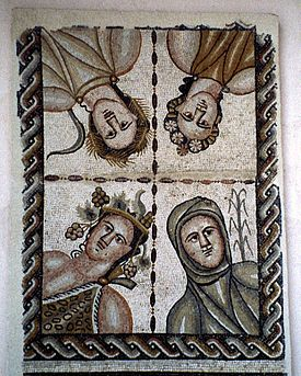 Mosaico romano de las Cuatro Estaciones de la Casa de Baco en Complutum. En sentido antihorario desde arriba a la derecha: primavera, verano, otoño e invierno.
