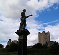 Conisbrough castle keep and war memorial - geograph.org.uk - 523261.jpg