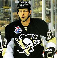 Craig Adams, hockey player (2013).jpg