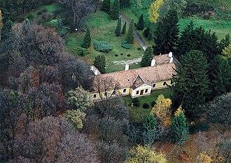 Balassagyarmat District - Image: Csesztve House