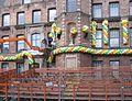 Düsseldorf, Marktplatz. Vorbereitungen für den Rosenmontag 2012 (2).jpg