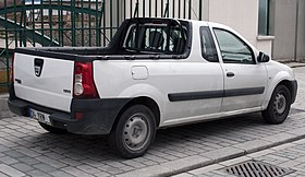 Dacia Logan 1.5 DCi pickup in white.jpg