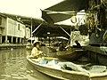 Damnoen Saduak Floating Market - Thailand - panoramio.jpg
