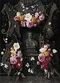 Daniël Seghers - Bloemen op een reliëf met een nis, waarin een borstbeeld van Flora - 1800 (OK) - Museum Boijmans Van Beuningen.jpg