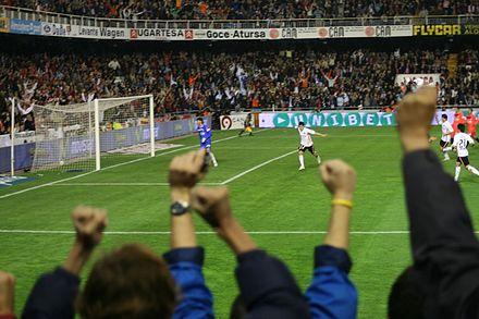 David Villa after scoring a penalty against Sevilla.