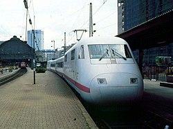 InterCityExperimental – the ICE predecessor – at Frankfurt (M) Hbf (07/1992)