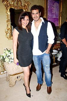 Deepshikha, Kaishav Arora at Mika's birthday bash hosted by Kiran Bawa 16.jpg