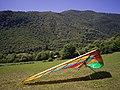 Deltaplano nella Valle di Sur a Gardone Riviera.jpg