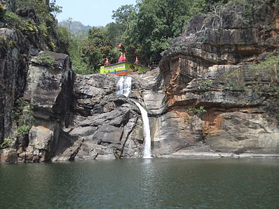 Devkund Waterfall.JPG
