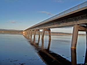 Dornoch Firth - Dornoch Firth Bridge (west side, 2006)