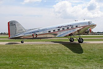 "American Airlines Flight 28 - Image: Douglas DC 3 (American Airlines) ""Flagship Detroit"" (4851531441)"
