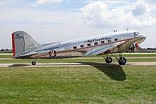 "Douglas DC-3 (American Airlines) ""Flagship Detroit"" (4851531441).jpg"