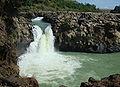 Dray nur waterfall.jpg