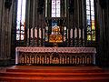 Dreikonigenschrein koeln und Altar.jpg
