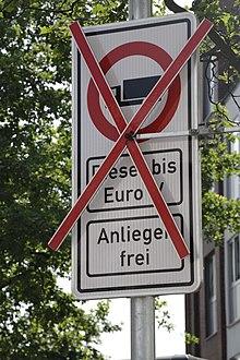 Durchfahrtsverbot von Dieselfahrzeugen auf zwei Hamburger
