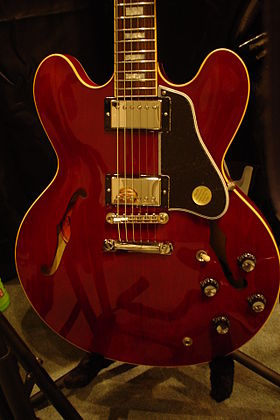 image illustrative de l'article Gibson ES-335