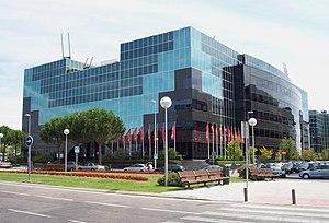 Compañía Española de Petróleos - Image: Edificio CEPSA (Campo de las Naciones, Madrid) 01