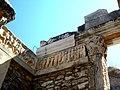 Efez, Świątynia Hadriana SDC11939.jpg