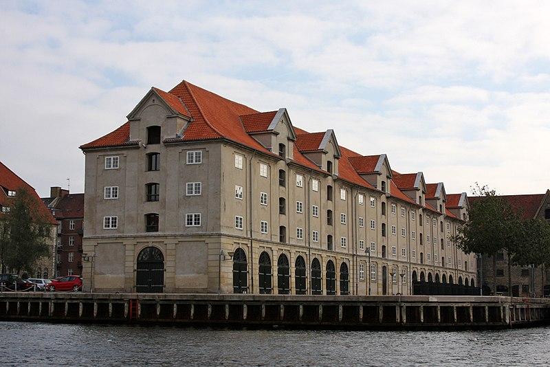 File:Eigtveds Pakhus, Copenhagen warehouse.jpg