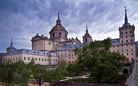 Toledo and El Escorial in one day?