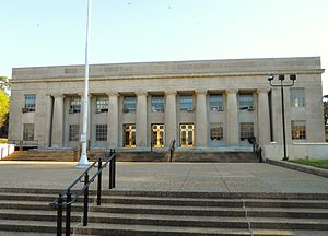 Elmore County, Alabama - Image: Elmore County Alabama Courthouse