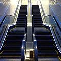 Escalator in Japan (6394120847).jpg