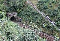 Escalier d'accès des secours en cas d'accident dans un tunnel.JPG