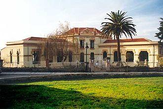 Noreña - Image: Escuelas de la Fundación Rionda Alonso