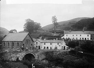 Esgairgeiliog Human settlement in Wales