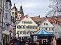 Esslinger Mittelaltermarkt ^ Weihnachtsmarkt mit Blick auf die Stadtkirche St. Dionys - panoramio.jpg