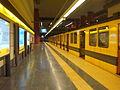 Estación Parque Patricios - Formación estacionada.jpg