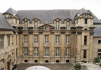 Bibliothèque historique de la ville de Paris - Front of the building - from the courtyard