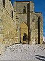 Fachada meridional de la Iglesia de Santa María de Villasirga (Villalcázar de Sirga).jpg