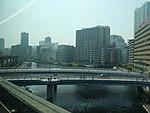 Fahrt mit der Tokyo Monorail 03.jpg