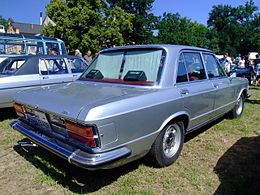 Autoconfronti - Auto di ieri e di oggi - Autoconfronti 260px-Fiat_130_165PS_1976_3