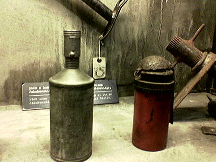 Home Army-made Sidolowka (left) and Filipinka (right) grenades, Museum of the Warsaw Rising Filipinka sidolowka.jpg