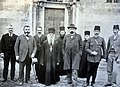 French ambassador in Belgrade Léon Coullard Descos, the monk Cyril and Alexandre Baschmakoff in front of Visoki Dečani, September 1908.jpg