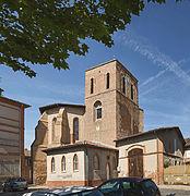 Fronton L'abside et le clocher de l'église.jpg